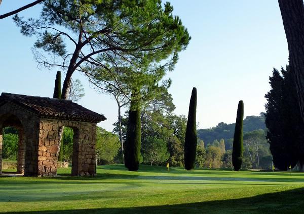 putting green pour améliorer son jeu de golf progresser et baisser son index de jeu