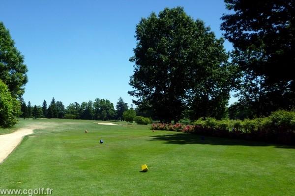 Départ n°10 du Garden golf Mionnay la Dombes proche de Lyon dans l'Ain en Rhône Alpes
