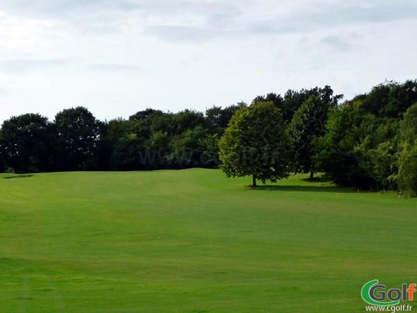 Trou n°1 du golf d'Abbeville à Grand-Laviers dans la Somme en Picardie