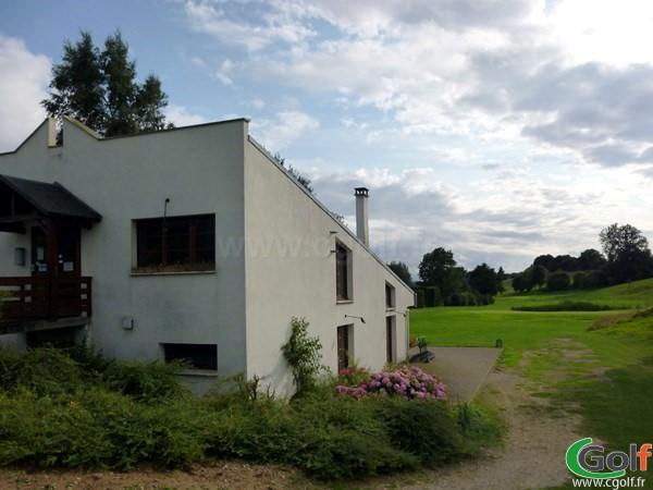 Club house du golf d'Abbeville à Grand-Laviers en Picardie dans la Baie de Somme