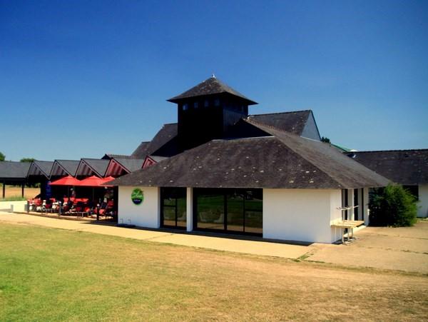 Club house du golf de Baden dans le Morbihan en Bretagne entre Quiberon et Vannes