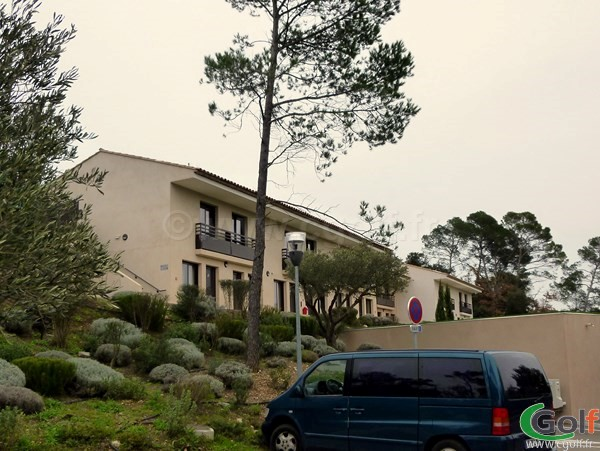 L'hotel du golf de Barbaroux en Provence dans le Var à Brignoles
