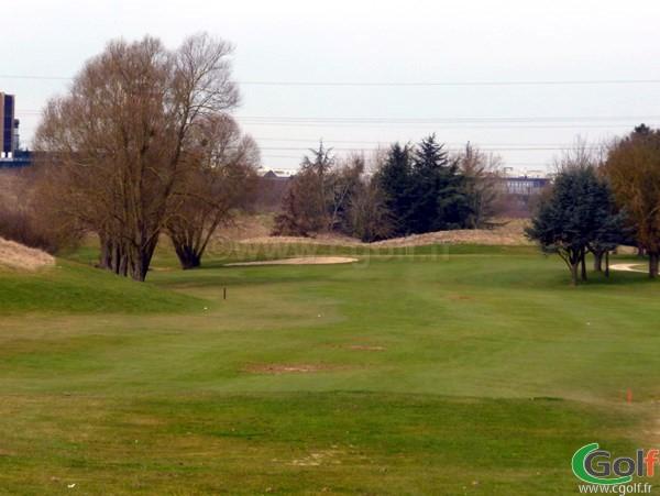 Fairway n°1 du golf de la base loisir de Saint Quentin en Yvelines en Ile de France