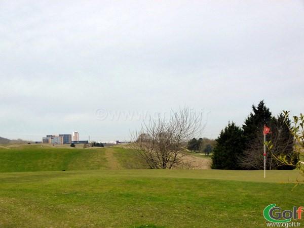 Green n°18 du golf de Saint Quentin en Yvelines à Trappes proche de Paris en Ile de France