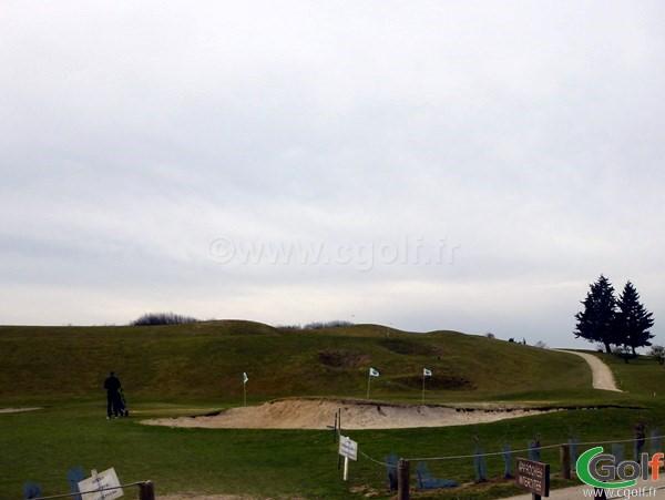 pitching green du golf de la base loisirs de Saint Quentin en Yvelines en Ile de France à Trappes
