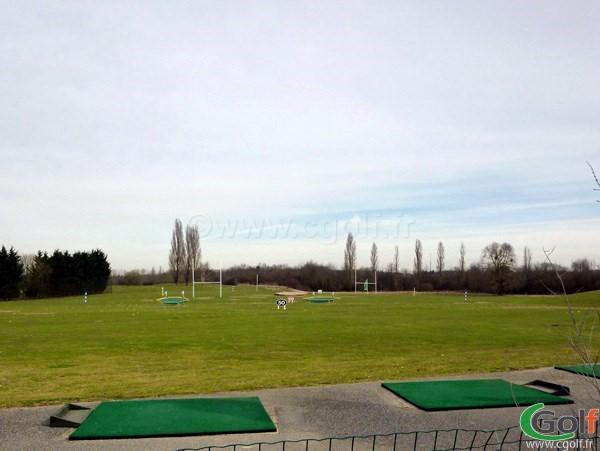 Practice du golf de la base loisirs de Saint Quentin en Yvelines proche de Paris à Trappes