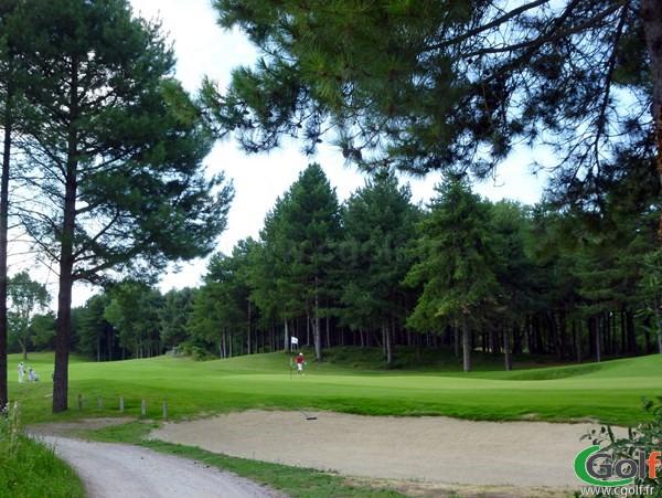 Le green du trou n°18 au golf de Fort-Mahon-Plage de Belle Dune dans la Somme en Picardie