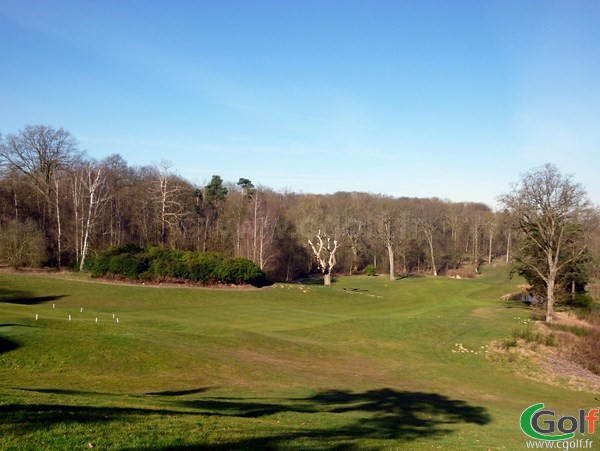 Farway n°18 du golf de Bethemont dans les Yvelines à Poissy Ile de France