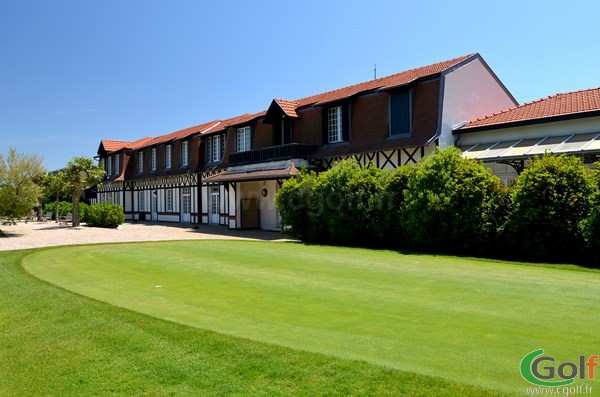Club house du golf de Biarritz Le Phare en Aquitaine dans les Pyrénées-Atlantiques