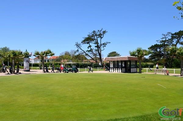 Putting green du parcours de golf de Biarritz Le Phare en Aquitaine dans les Pyrénées Atlantiques