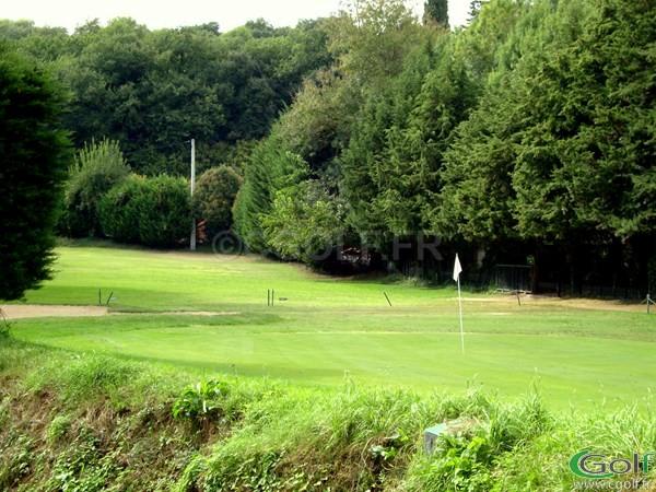 Le green du n°9 du golf de Biot Bastide du Roy à Biot