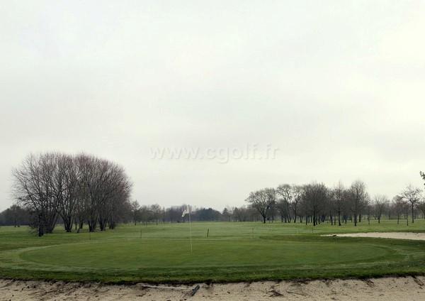 Green n°18 du golf de Bordeaux Lac Parcours La Jalle en Aquitaine département de la Gironde
