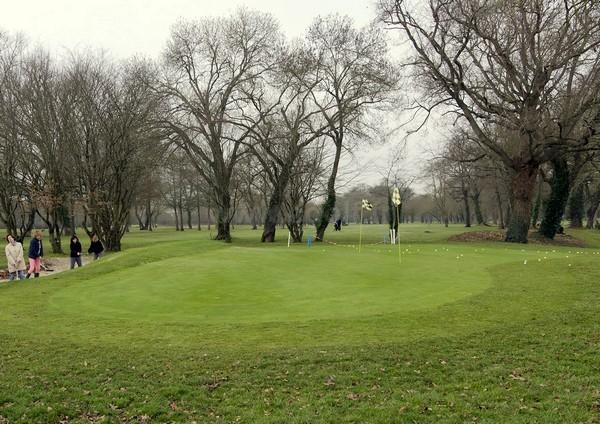 Pitching green du golf de Bordeaux Lac en Aquiaine département de la Gironde