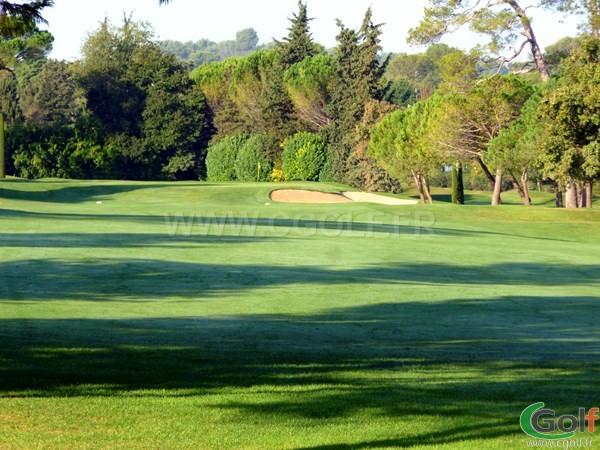 Green du n°18 du golf de Mougins dans le départment 06 des Alpes Maritimes