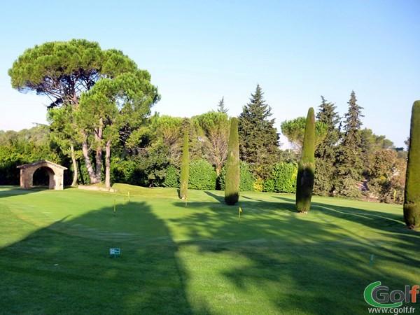 Putting Green du magnifique golf de Cannes Mougins sur la Cote d'Azur dans le 06