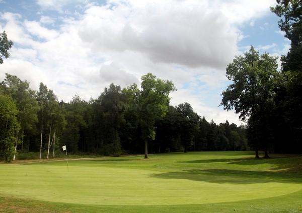 Green n°18 du golf du Champ de Bataille Le Neubourg dans l'Eure en Normandie proche de Rouen