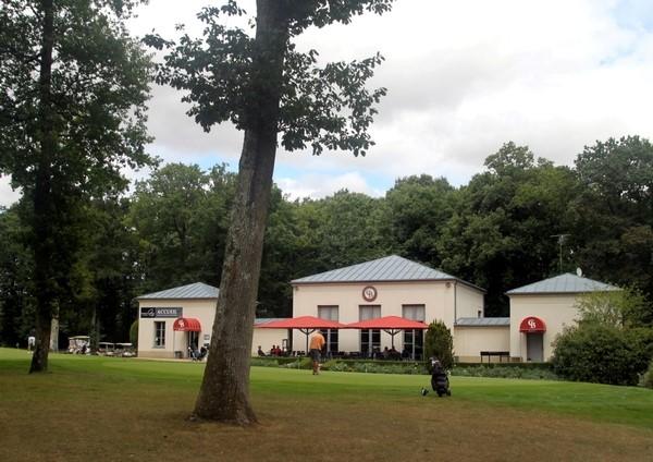 Club house du golf du Champ de Bataille en Normandie dans l'Eure proche de Rouen