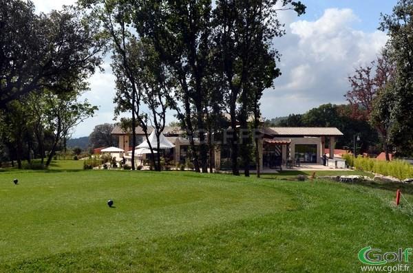 Le club house du golf du Claux Amic à Grasse 06