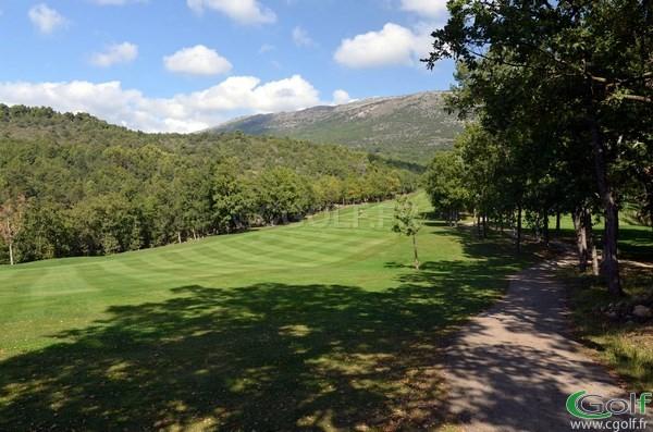 Le Fairway du trou n°18 du golf du Claux Amic à Grasse 06