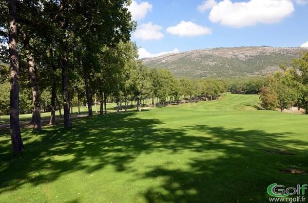 Le départ du n°9 du golf de Claux Amic à Grasse dans les Alpes Maritimes