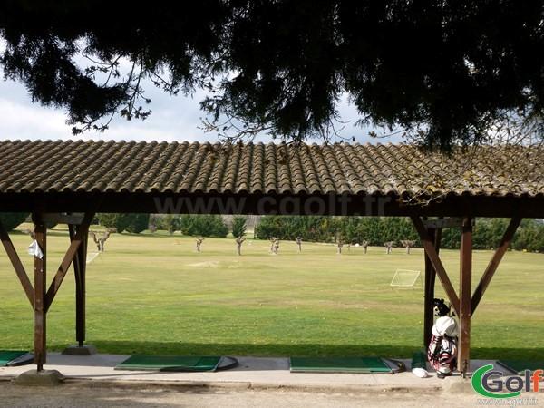 Le practice du golf d'Aix Les Milles Marseille dans les Bouches du Rhone 13 en PACA