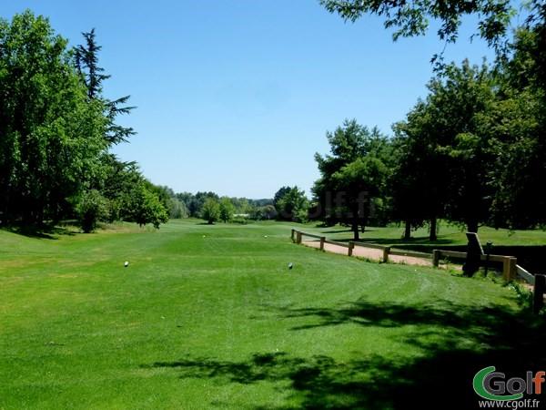 départ n°1 du golf club Beaujolais à Lucenay dans le Rhône Alpes proche de Lyon