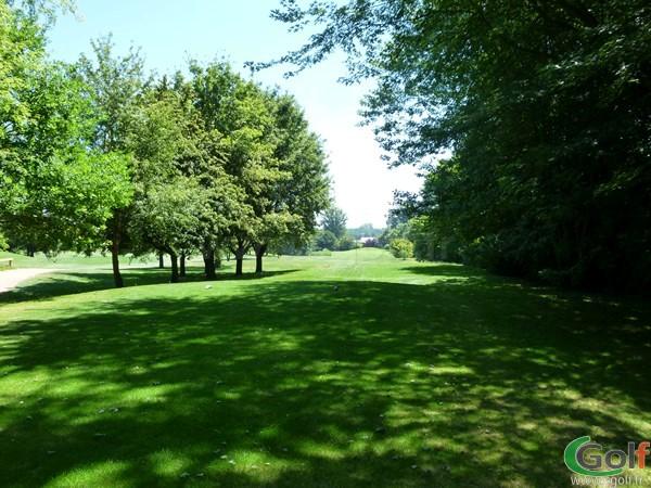 Départ sur le Beaujolais golf club situé en Rhône-Alpes proche de Lyon à Lucenay