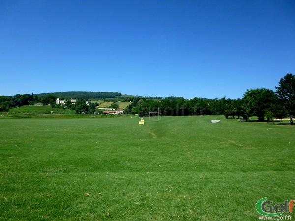 Practice du Beaujolais golf club dans le Rhône-Alpes à Lucenay proche de Lyon