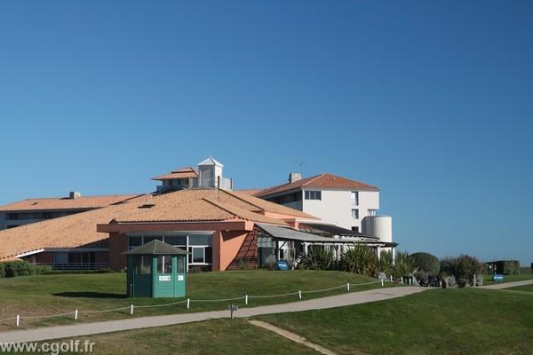 Club house du golf de Saint-Jean-de-Monts Pays de Loire en Vendée proche de Nantes