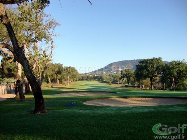 Le trou n°18 du golf club 18 trous de Beauvallon à Grimaud proche de Saint Tropez