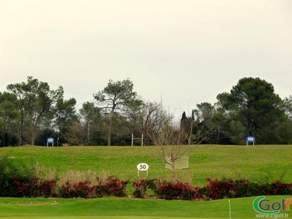 Le practice du golf de Nans les Pins la Sainte Baume dans le Var sur la cote d'azur
