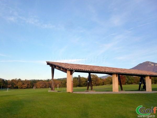 Practice du golf de Digne les Bains Parcours les Lavandes en Provence région PACA