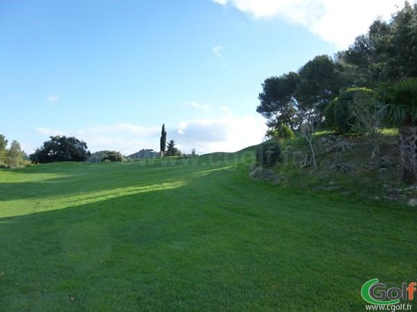 Le départ du trou n°16 du Dolce frégate Provence golf club dans le Var à Saint Cyr sur Mer