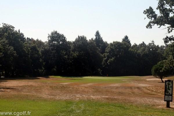 Trou n°1 du golf compact la Domangère en Vendée à Nesmy Pays de Loire