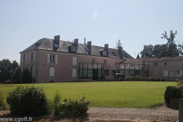 Club house du golf La Domangère à Nesmy en Pays de Loire Vendée