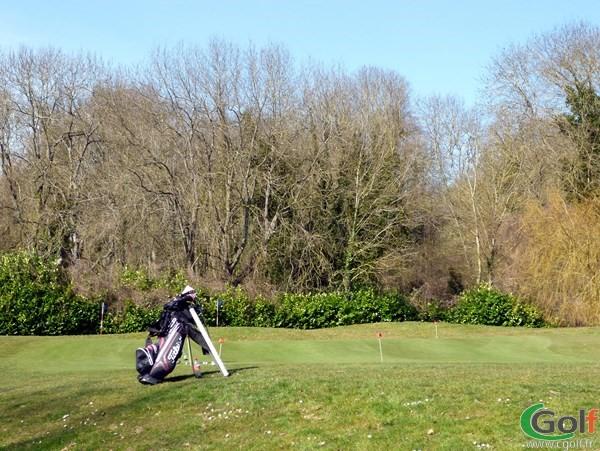 Le putting green du golf de Feucherolles dans les Yvelines en Ile de France