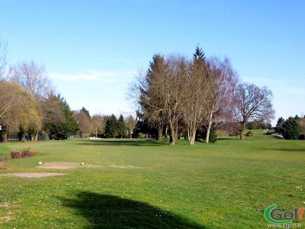 Trou n°3 du golf Haras Lupin du Stade Français proche de Paris à Vaucresson Ile de France