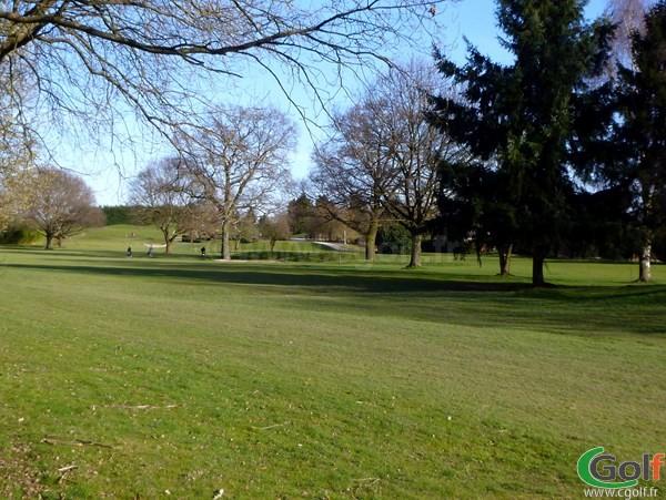 Fairway du golf Haras Lupin du Stade Français dans les Hauts de Seine à Vaucresson