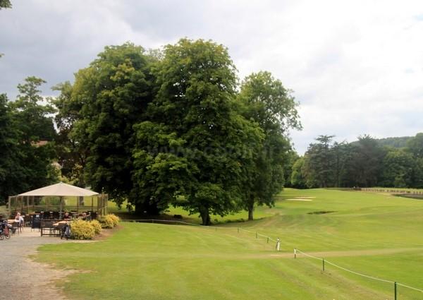Club house du golf d'Houlgate en Basse Normandie Calvados à Gonneville-sur-Mer