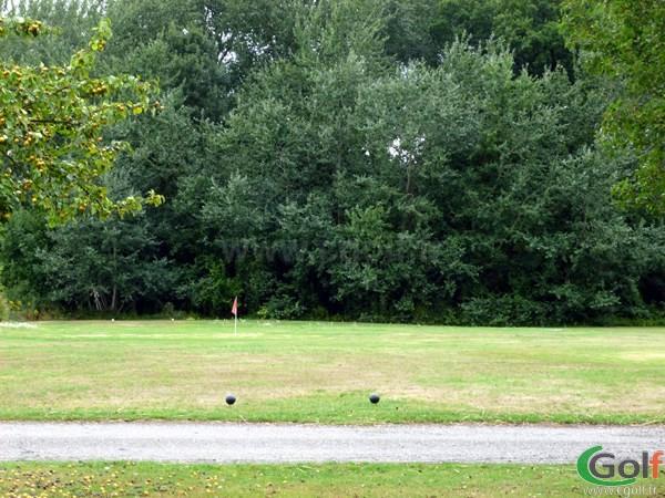 zone de pitching au golf de l'Isle d'Adam en Ile de France Val d'Oise proche de Paris