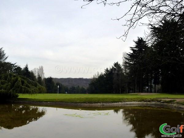 green n°9 du golf de La Boulie parcours la Vallée dans les Yvelines à Versailles