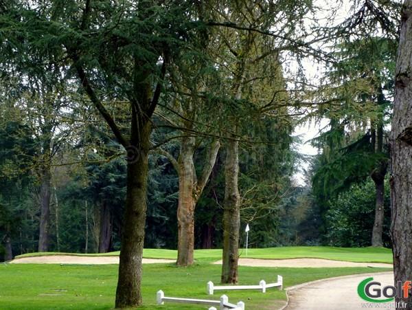 Green du golf de la Boulie parcours la Vallée en Ile de France à Versailles dans les Yvelines
