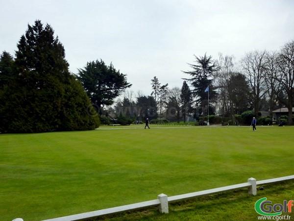Le putting green du golf de La Boulie Racing Club de France à Versailles dans les Yvelines
