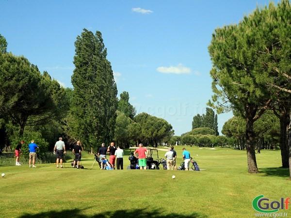 Le départ n°1 du golf de La Grande Motte Les Flamands Rose proche de Montpellier dans l'Hérault