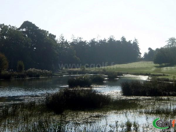 Paysage du golf de la Grange aux Ormes en Moselle à Marly en Lorraine