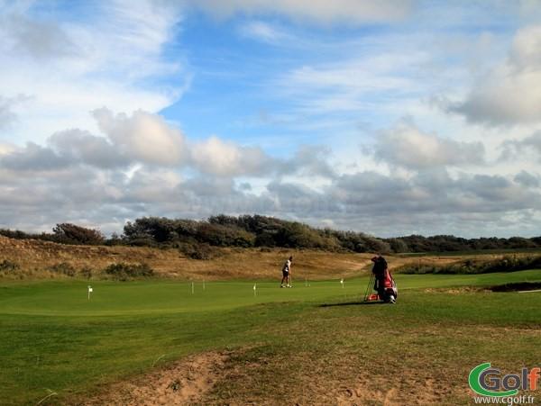 Putting green du golf du Touquet Parcours La mer en Nord-Pas-de-Calais proche de Paris