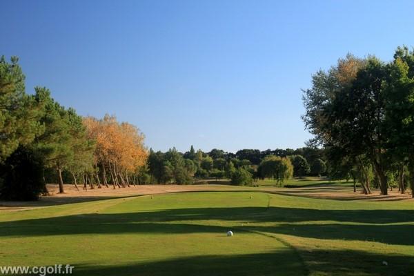 Trou n°1 du golf des Fontenelles en Vendée à l'Aiguillon sur Vie Pays de Loire