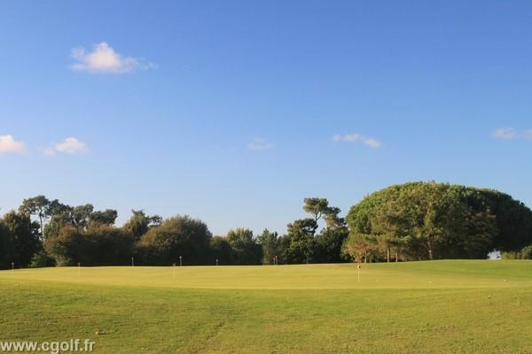 Putting green du golf des Fontenelles en Vendée Pays de Loire à l'Aiguillon sur Vie