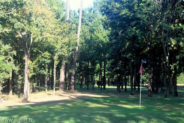 Golf pitch and putt des Fontenelles en Vendée Pays de Loire à l'Aiguillon sur Vie