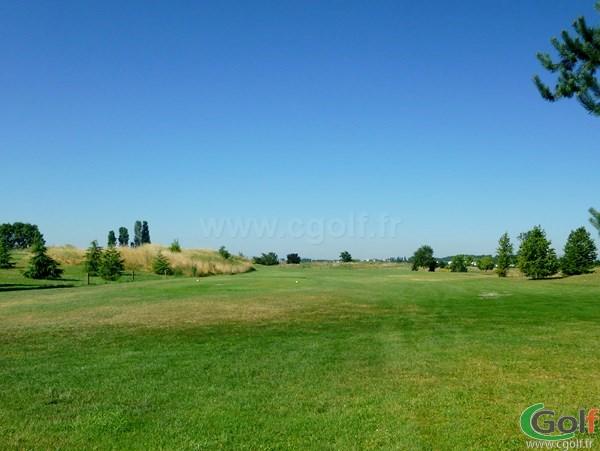 Départ n°1 du golf de Lyon Chassieu en Rhone Alpes proche de Villeurbanne